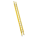 32 ft Featherlite 9232D Fiberglass Extension Ladder, Type IAA, 375 lb Load Capacity