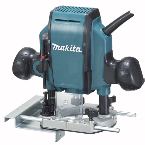Makita RP0900K 1-1/4 H.P. Plunge Router